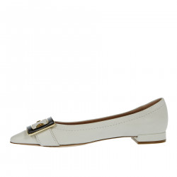 WHITE LEATER FLAT SHOE