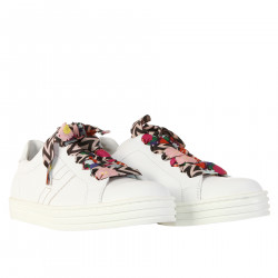 WHITE SNEAKERS WITH LACES FANTASY
