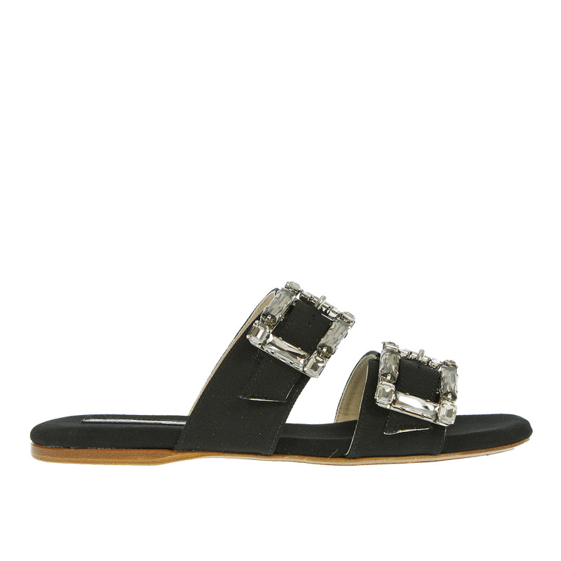 BLACK SLIPPERS WITH EMBELLISHED BUCKLES