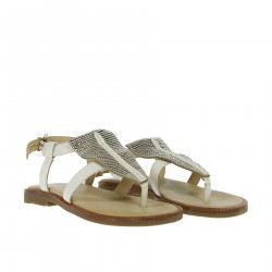 WHITE SANDAL WITH EMBROIDERY