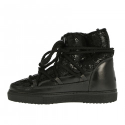 BLACK LOW MOON BOOT
