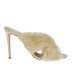 PINK SANDAL WITH FUR