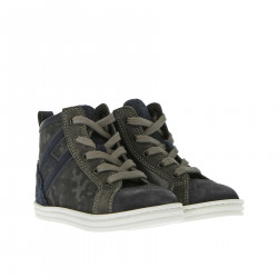 HIGH SNEAKER WITH CAMOUFLAGE DETAIL