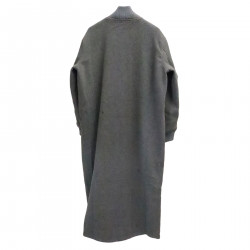 GRAY COAT WITH APPLICATIONS