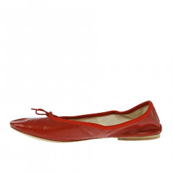 RED FLAT SHOE WITH HEEL