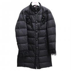 BLACK PADDED JACKET WITH FLOWER APPLICATIONS
