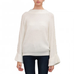 WHITE PULLOVER WITH PEARL