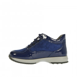 BLUE SNEAKER IN PAINT AND SEQUINS
