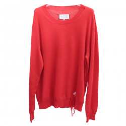 RED PULLOVER WORN EFFECT