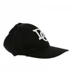 BLACK HAT WITH FRONTAL LETTERS