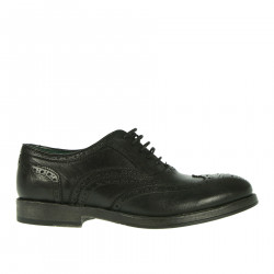 BLACK WINGTIP LACE UP SHOE