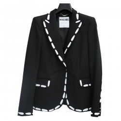 BLACK JACKET WITH WHITE EDGES