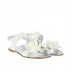 WHITE SANDAL WITH FLOWERS
