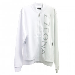 WHITE SWEATER WITH WRITING