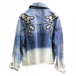 BLUE JACKET IN JEANS WITH ROSES