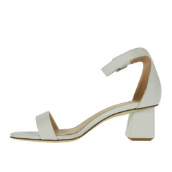LEATHER WHITE SANDAL