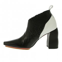 BLACK AND WHITE ANKLE BOOT
