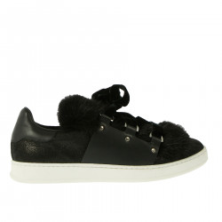 BLACK FUR SNEAKERS