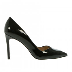 BLACK PATENT DECOLLETE