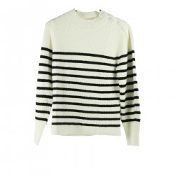 WHITE AND BLACK SWEATER
