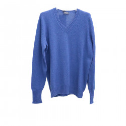 BLUE PULLOVER