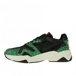BLACK AND GREEN SNEAKER