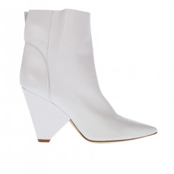 WHITE ANKLE BOOT