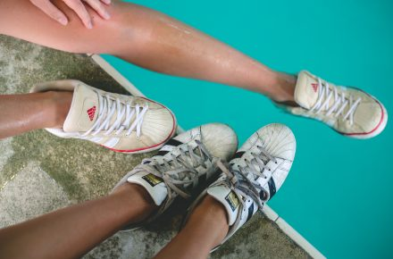 Sneakers da donna in saldo